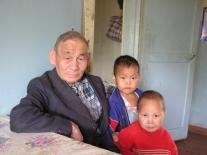 Каянович Филипп Алексеевич с внуками