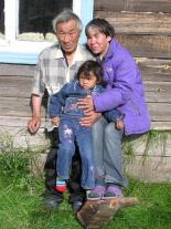 Олег Владимирович Курматов с женой и дочерью