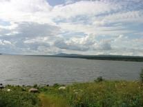 Мадуйское озеро при свете дня